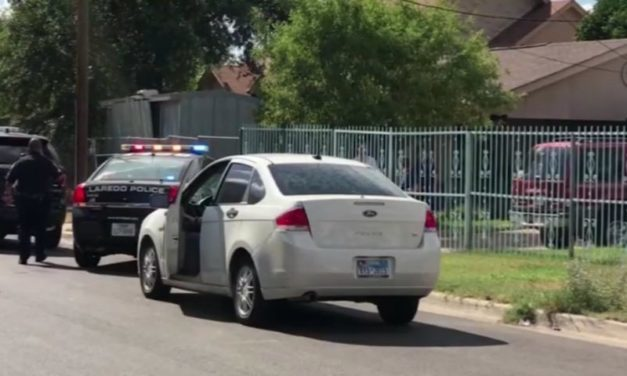 Mailman stabbed multiple times in Laredo